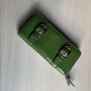 New Coach zip patent green folder wallet purse